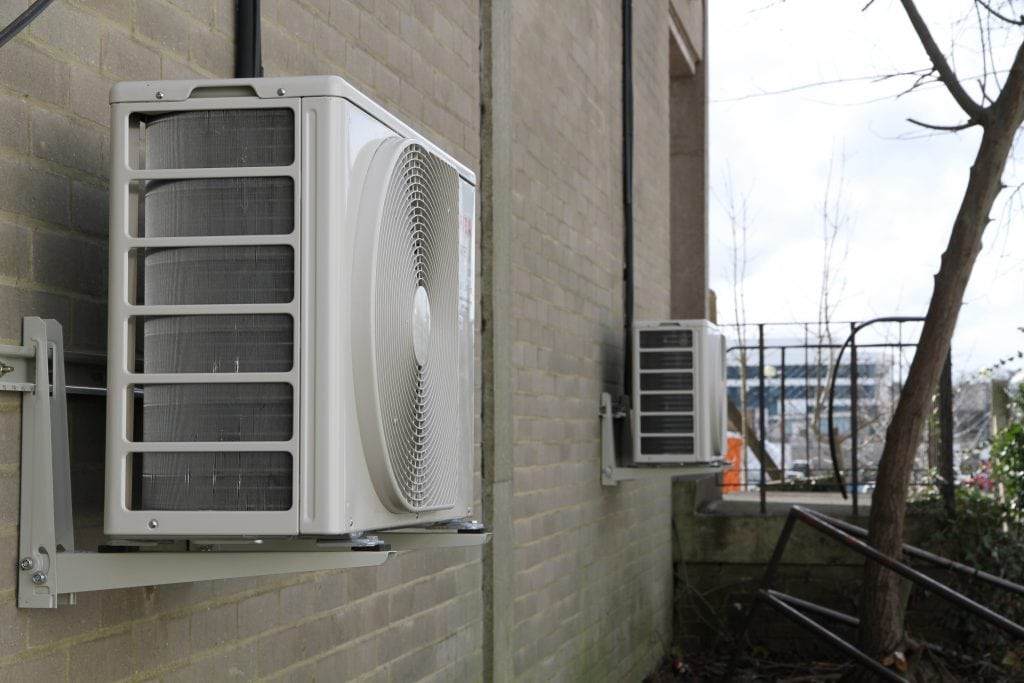 Air conditioning unit